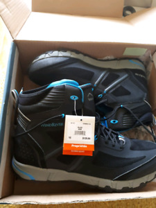 ***WIND RIVER SIZE 9.5-10