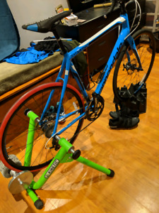2016 Cannondale Synapse w/  Kurt Kinetic Trainer w/ inRide