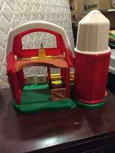 Fisher price Barn