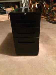 Filing cabinet -3 drawer Kitchener / Waterloo Kitchener Area image 2