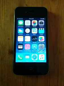 iPhone 4S - 16Gb -Black -Bell