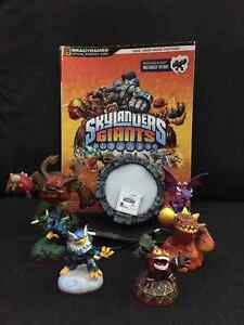 Skylanders Giant 3DS with case and official strategy guide