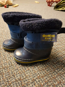 Size 4 Osh Gosh winter boots