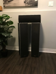 Polk Tower Speakers and Matching Centre