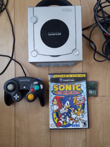 GameCube, original controller, game, memory card and hookups