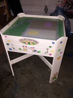 CALICO CRITTERS ACIVITY TABLE