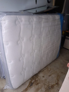 Kingsdown mattress combo