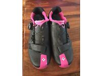 Specialized Ladies Cycling Shoes - size 6
