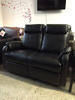 2 SEATS RECLINER COUCH IN BLACK BONDED LEATHER 499$