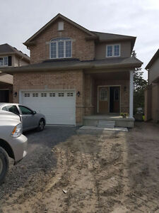1800 Sq Ft Courtice Home for Rent