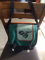 Green Legend of Zelda Purse/Bag with 4 different compartments