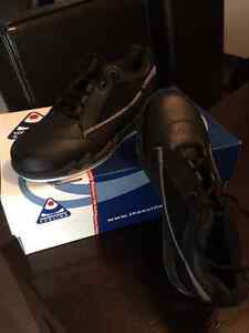 Ladies Curling Shoes Size 6