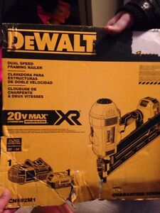 Brand New 20V MAX DeWALT Framing Nailer