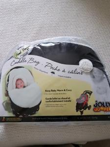 Cuddle bag jolly jumper