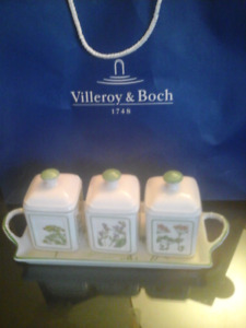 Villeroy & Boch adorable canister set with display dish