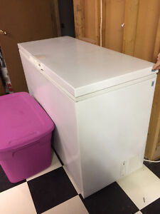 Kenmore Chest Freezer - 7 cubic feet