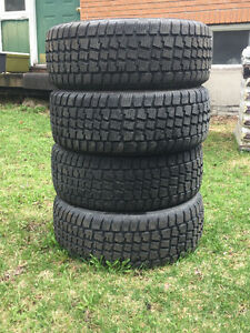 215/50R17 Snow Tires Only used one winter