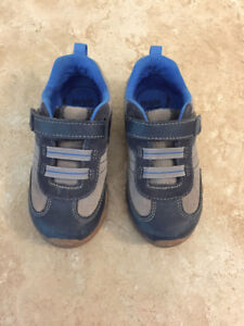 Stride Rite shoes - Toddler Boys - size 9