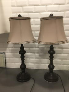 Two Matching Lamps Oil Rubbed Bronze Excellent Condition