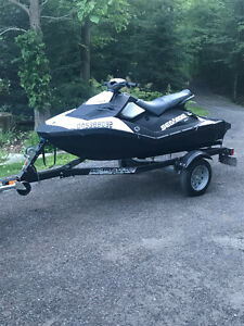 SEA DOO SPARK LIKE NEW! MUST SEE ONLY 5 HOURS ON IT! WARRANTY!