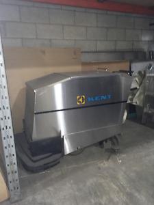 Balai mécanique industriel Kent