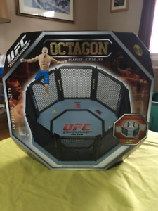 2009 UFC Octagon Playset New in Package