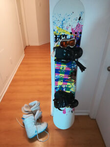 Women Snowboard all equip -Firefly 275  Used twice.