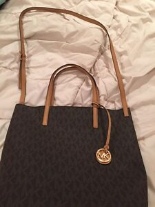 **Brand New** never used Michael Kors tote