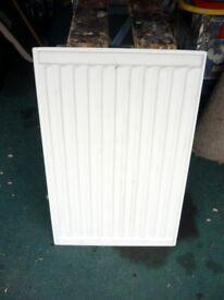 Single radiator size 700 x 400 mm
