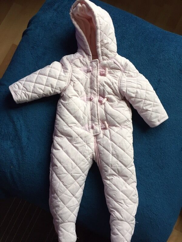 Snowsuit and coatin Inverness, HighlandGumtree - Snowsuit and coat both 9 12 months. £8 each or £12 for both. Snowsuit light pink, has feet attached and comes with gloves that can button on and off; from mother care. Coat pink and is from boots, a lovely warm coat for winter and has barely been...
