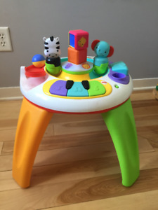 Fisher Price Silly Safari Musical Activity Table