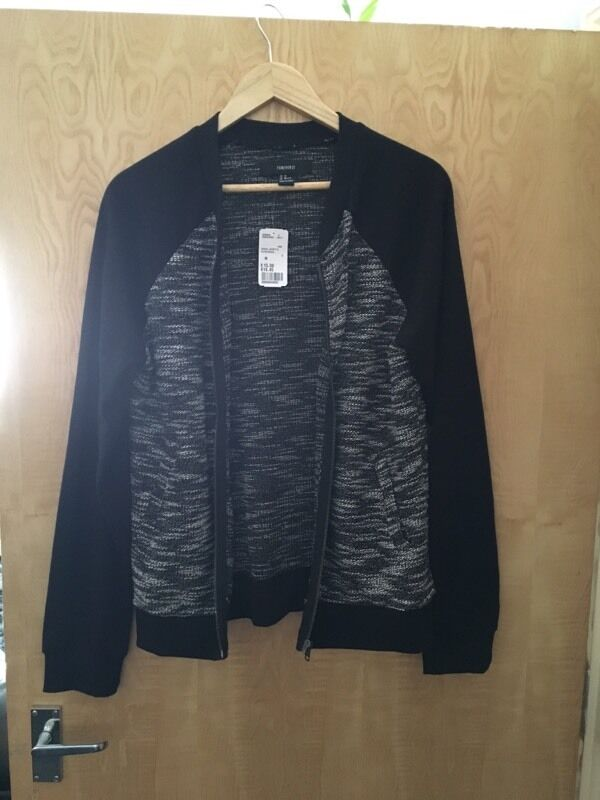 Sweatshirt size M, NEWin Leicester, LeicestershireGumtree - sweatshirt size M, new never unused, sell because it is too big for me, please text or email
