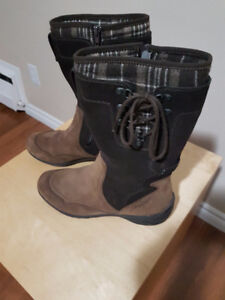ALLROUNDER by MEPHISTO Women's Winter Boots US 8.5 ) $120