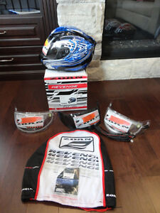 Zoan Revenge Helmet Size XS Blue w/4 Visors Included!! Brand New Kitchener / Waterloo Kitchener Area image 3