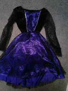 Blue dress  and wig 5---9 years