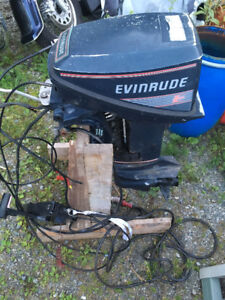 Smooth running 15 hp Evinrude with OMC Controls
