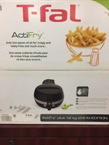 T-fal Actifry 1.2kg (2.6 lb) new in box