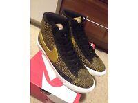 Nike blazer size 8