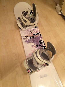 Women's Snowboard and Bindings- $150! Edmonton Edmonton Area image 2