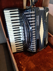 Titano Piano Accordion with Case