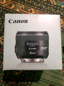Canon EF 35mm f/2 IS USM Mint Condition with box