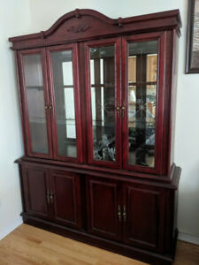China cabinet, dining table and 6 chairs