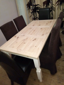 LARGE CHUNKY FARMHOUSE STYLE PINE DINING TABLE ,WITH SIX CHAIRS