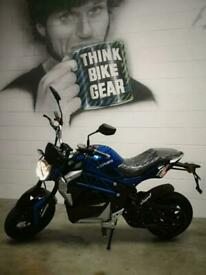 Lexmoto Cypher Brand New All Electric Motorbike 1500w 50cc Equivalent CBT Legal