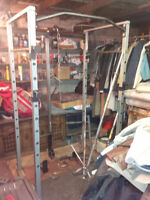 Gym quality squat rack, dipping station, chin up, hi low pulleys
