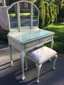 Vintage Vanity Dressing Table