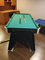 3 in 1 games table  Pool- Air Hockey - Ping Pong