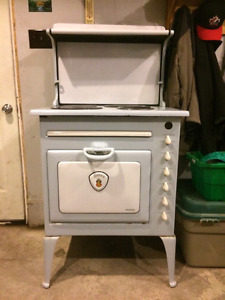 Stove - Antique Electric