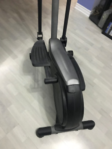 Gold's Gym elliptical machine