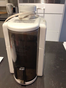 Juicer for sale, perfect condition